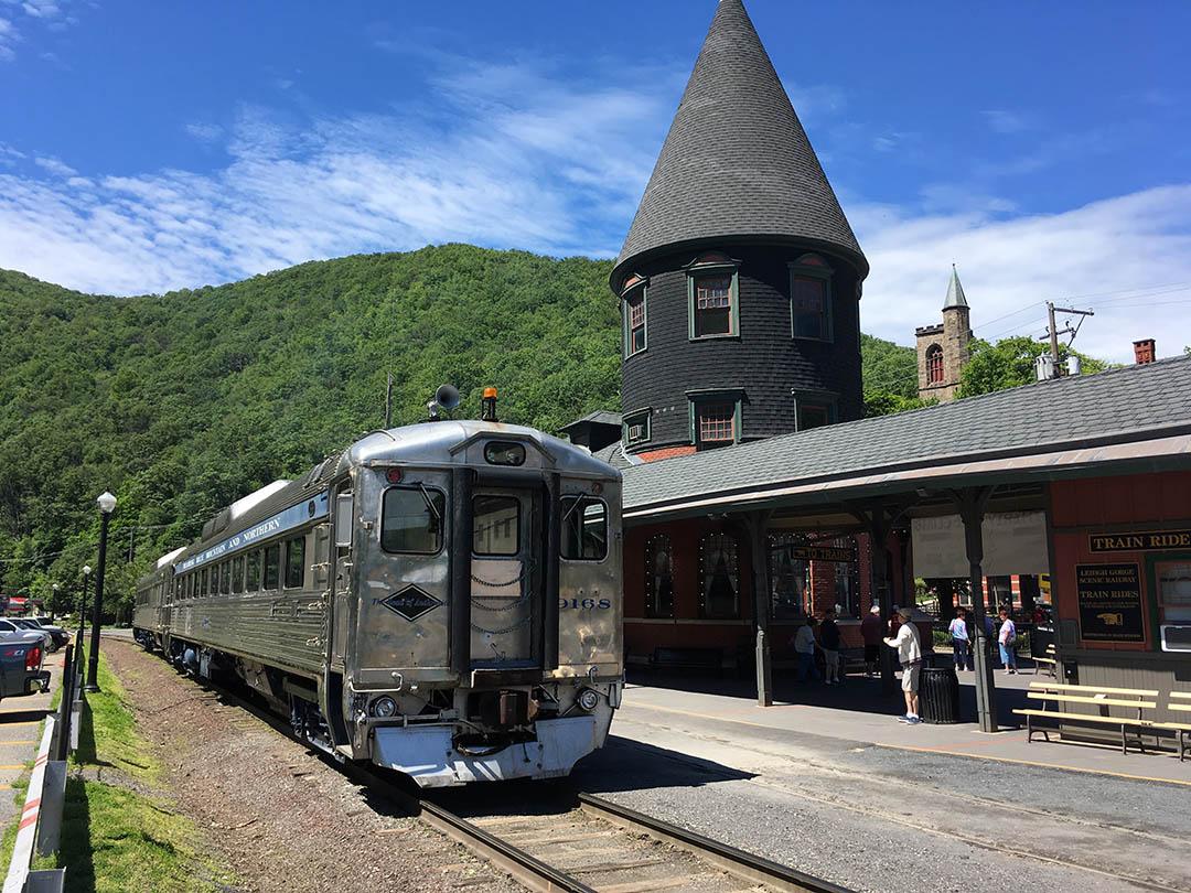 Eastern PA tour–RDC's to Jim Thorpe and the Gorge Train